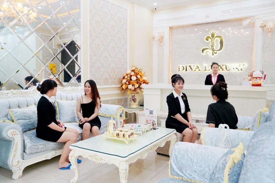 Diva Spa có đội ngũ nhân viên chuyên nghiệp