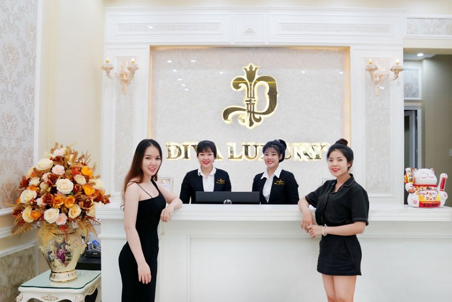 Đội ngũ nhân viên tại Diva Spa Trà Vinh rất chuyên nghiệp