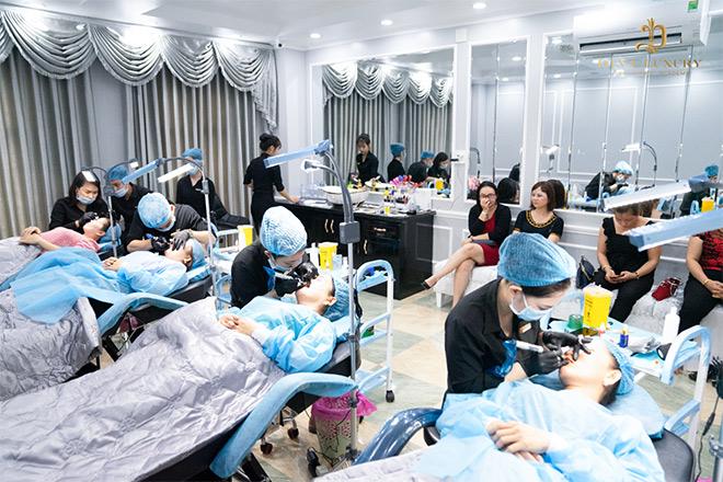 Đông đảo khách hàng được chăm sóc ngoại hình tại DIVA Vị Thanh