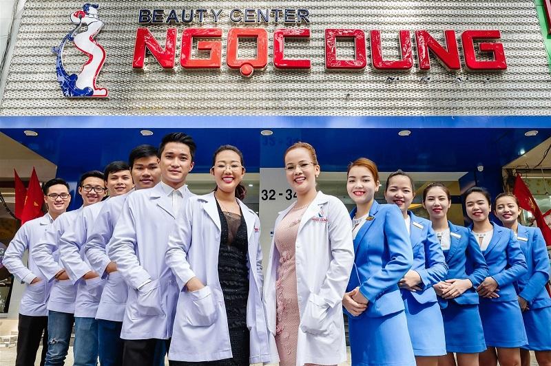 Đội ngũ nhân viên, bác sĩ chuyên môn